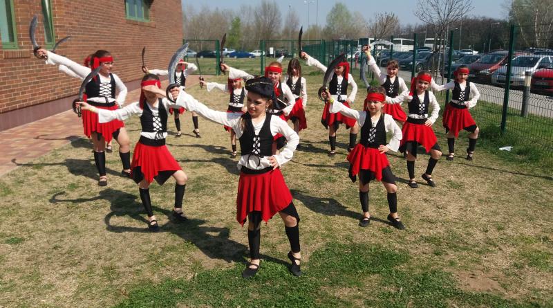 Nemzetközi porondon az ecseri táncosok