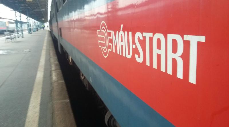 Vonat a Keleti-pályaudvaron