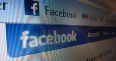 Facebook nyitóoldal