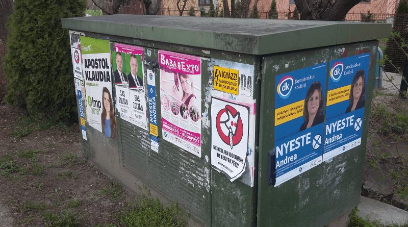 Választási plakátok