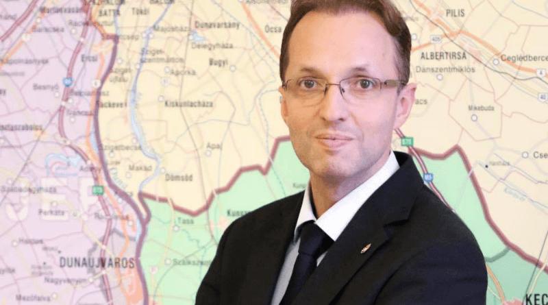 Folytatja munkáját a Pest megyei kormánymegbízott 10d0fbeb66