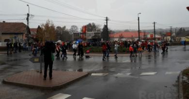 A Ciklus Alapítvány flashmobja Pécelen